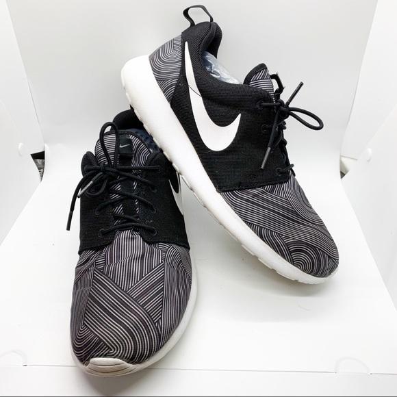 Nike Other - Nike Roshe Run One Print 655206 Mens Running Sz 11